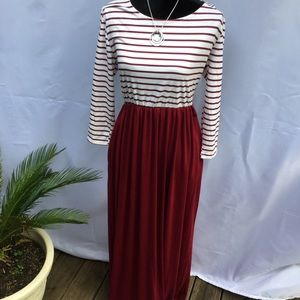 NWT Burgundy striped Maxi Dress SZ XL